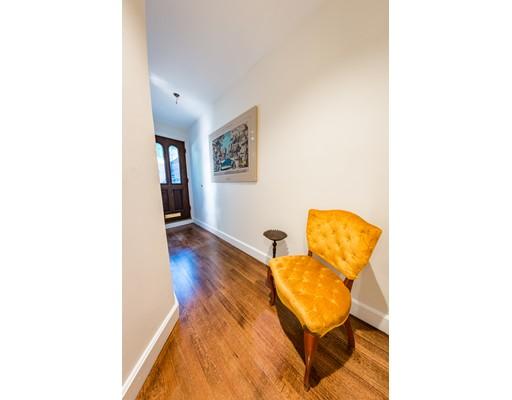 Casa Unifamiliar por un Alquiler en 63 Appleton Boston, Massachusetts 02116 Estados Unidos