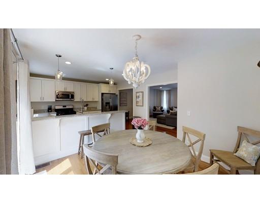 Maison unifamiliale pour l Vente à 34 Burncoat Heights 34 Burncoat Heights Worcester, Massachusetts 01606 États-Unis