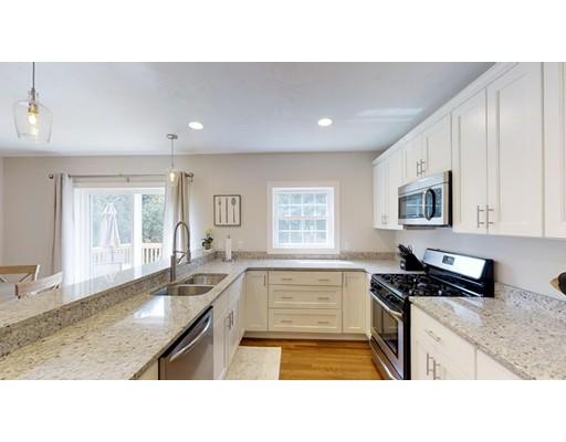 Maison unifamiliale pour l Vente à 36 Burncoat Heights 36 Burncoat Heights Worcester, Massachusetts 01606 États-Unis