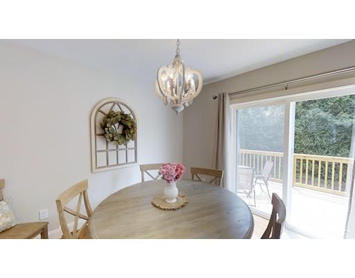 Maison unifamiliale pour l Vente à 40 Burncoat Heights 40 Burncoat Heights Worcester, Massachusetts 01606 États-Unis
