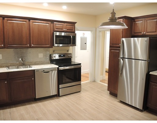 Single Family Home for Rent at 63 Oak Street Needham, 02492 United States