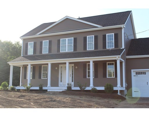 Частный односемейный дом для того Продажа на 40 Excalibur Way Attleboro, Массачусетс 02703 Соединенные Штаты