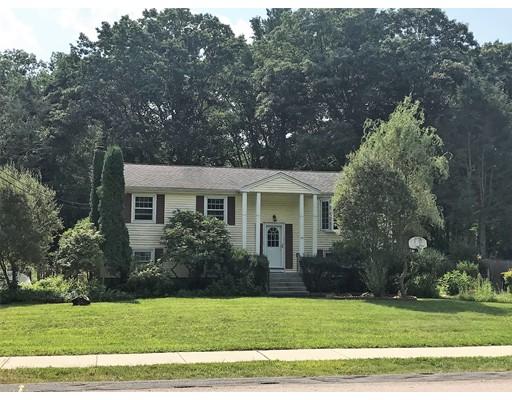 Maison unifamiliale pour l à louer à 45 SOUTHGATE Road Franklin, Massachusetts 02038 États-Unis