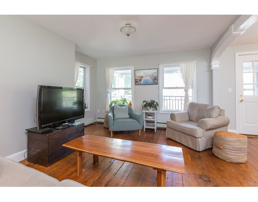 Additional photo for property listing at 218 Webster Street 218 Webster Street Boston, Massachusetts 02128 Estados Unidos