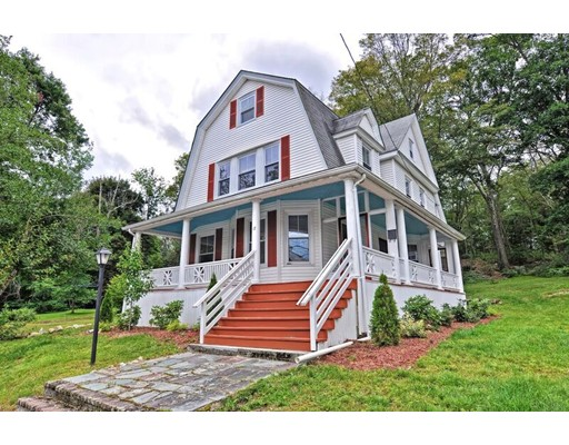 Single Family Home for Sale at 17 Daniels Street 17 Daniels Street Hopedale, Massachusetts 01747 United States