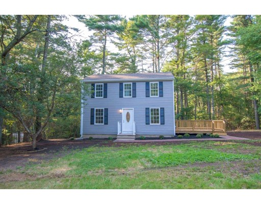 Casa Unifamiliar por un Venta en 144 High Street Carver, Massachusetts 02330 Estados Unidos