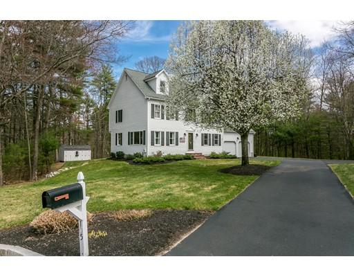 Single Family Home for Sale at 105 Martin Lane Wrentham, 02093 United States