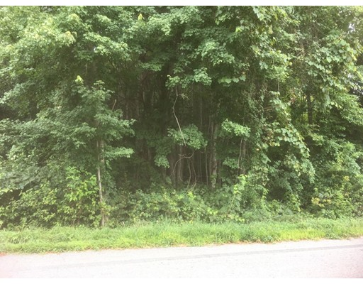 Terrain pour l Vente à 17 Handy Road 17 Handy Road Blackstone, Massachusetts 01504 États-Unis