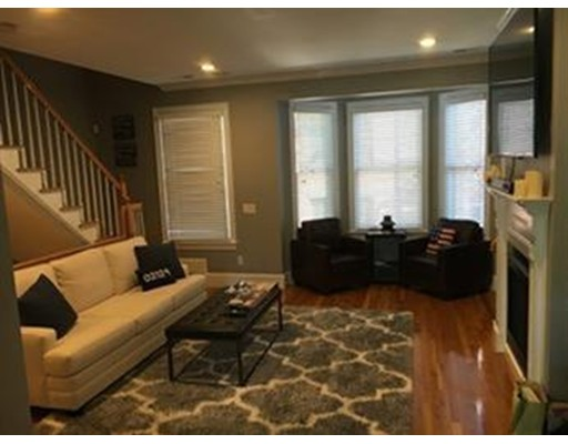 Maison accolée pour l à louer à 20 Auburn #C 20 Auburn #C Boston, Massachusetts 02129 États-Unis