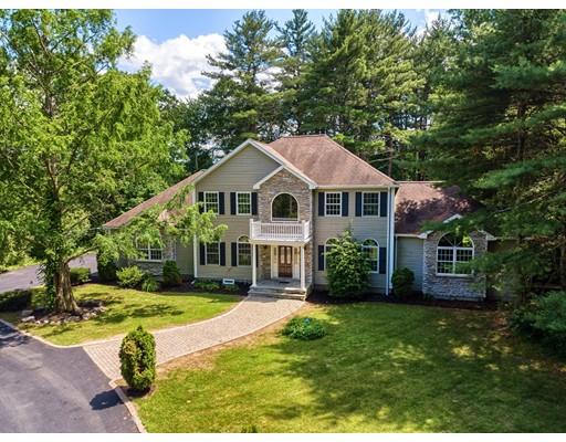 Single Family Home for Sale at 5 Thunder Bridge Lane Middleton, Massachusetts 01949 United States