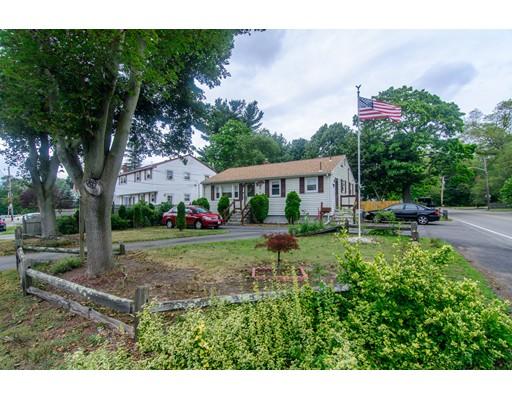 独户住宅 为 销售 在 152 Edson Street 布罗克顿, 马萨诸塞州 02302 美国