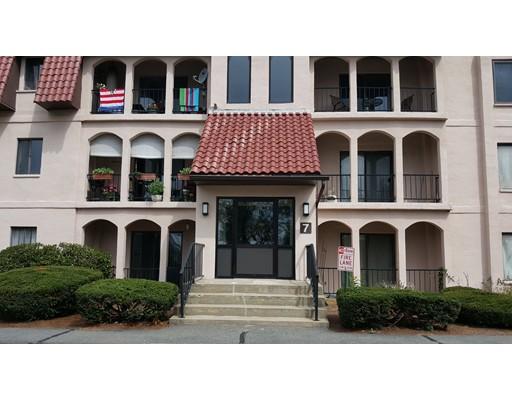 共管式独立产权公寓 为 销售 在 685 Oak St Bldg 7 布罗克顿, 马萨诸塞州 02301 美国