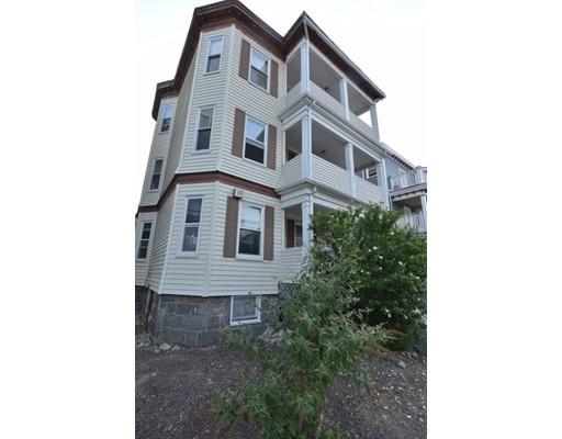 Maison avec plusieurs logements pour l Vente à 41 Woolson Street Boston, Massachusetts 02126 États-Unis