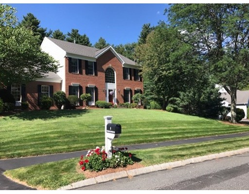 Частный односемейный дом для того Продажа на 5 Franklin Springs Road Franklin, Массачусетс 02038 Соединенные Штаты
