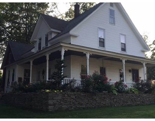 Maison unifamiliale pour l Vente à 8 Mount Washington Street 8 Mount Washington Street Derry, New Hampshire 03038 États-Unis