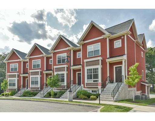共管式独立产权公寓 为 销售 在 2010 Symmes Circle 阿灵顿, 马萨诸塞州 02474 美国