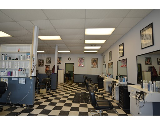 Commercial for Rent at 270 Main Street 270 Main Street Hanson, Massachusetts 02341 United States