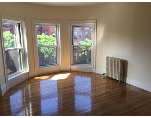 独户住宅 为 出租 在 306 Newbury Street 波士顿, 马萨诸塞州 02115 美国