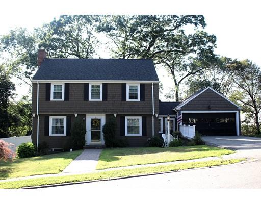 Частный односемейный дом для того Продажа на 61 Outlook Road Wakefield, Массачусетс 01880 Соединенные Штаты