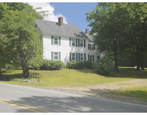 Maison unifamiliale pour l Vente à 46 Rindge Turnpike Road Ashburnham, Massachusetts 01430 États-Unis