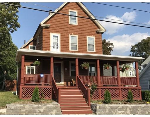 Maison unifamiliale pour l Vente à 17 Warren Street Everett, Massachusetts 02149 États-Unis