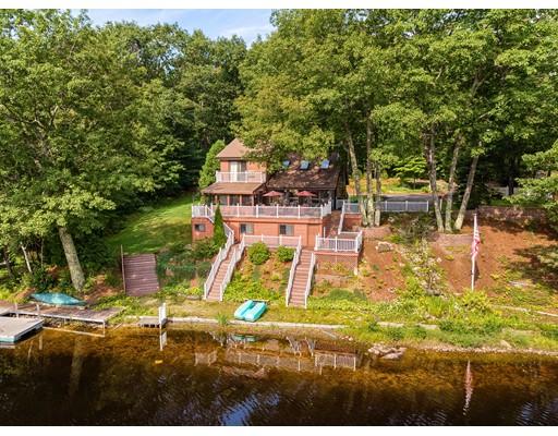 واحد منزل الأسرة للـ Sale في 15 4Th Street 15 4Th Street Winchendon, Massachusetts 01475 United States