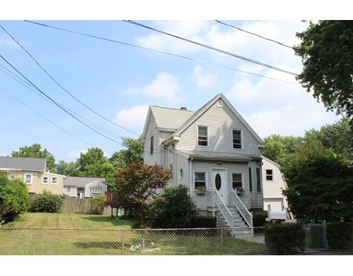 Maison unifamiliale pour l Vente à 72 Bingham Avenue Dedham, Massachusetts 02026 États-Unis
