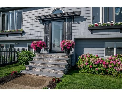 Частный односемейный дом для того Продажа на 159 Beach Avenue 159 Beach Avenue Hull, Массачусетс 02045 Соединенные Штаты