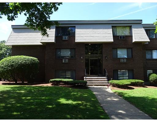 Appartement en copropriété pour l à louer à 12 Hallmark Gdns #2 12 Hallmark Gdns #2 Burlington, Massachusetts 01803 États-Unis
