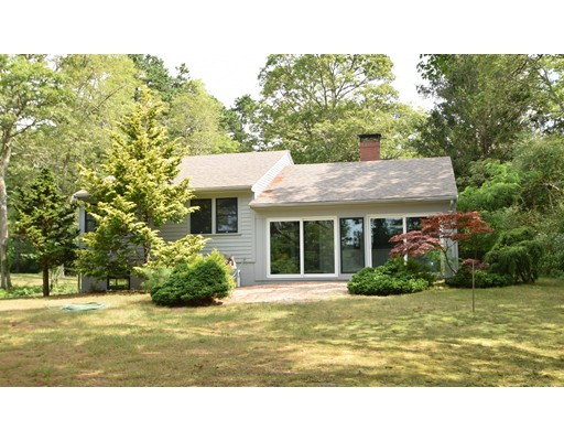 Single Family Home for Sale at 153 Morning Star Cartway 153 Morning Star Cartway Brewster, Massachusetts 02631 United States