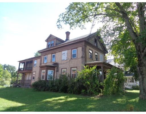 多户住宅 为 销售 在 145 E Main Street 145 E Main Street Orange, 马萨诸塞州 01364 美国
