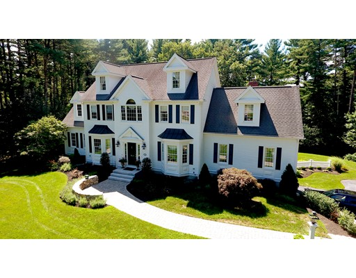 Casa Unifamiliar por un Venta en 6 John Pierson Lane North Reading, Massachusetts 01864 Estados Unidos