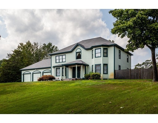 Casa Unifamiliar por un Venta en 3 Gillis Drive North Reading, Massachusetts 01864 Estados Unidos