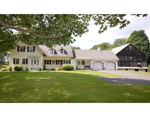 Maison unifamiliale pour l Vente à 351 Amherst Road Sunderland, Massachusetts 01375 États-Unis