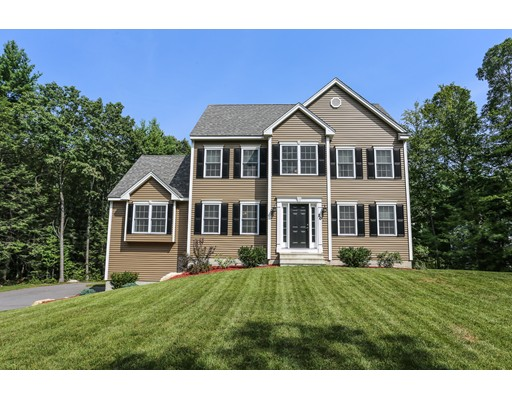 Single Family Home for Sale at 20 Warner Road 20 Warner Road Townsend, Massachusetts 01469 United States