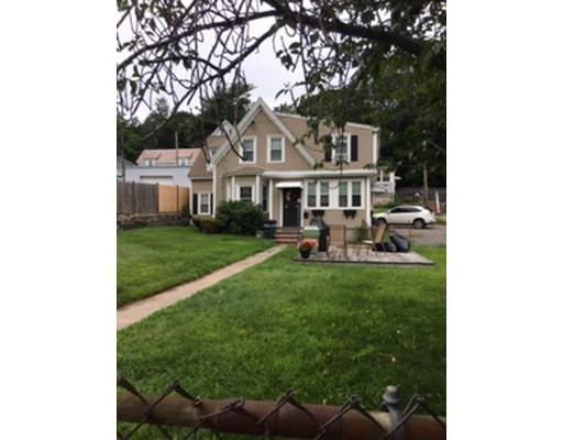 Casa Multifamiliar por un Venta en 69 Garfield Street Quincy, Massachusetts 02169 Estados Unidos