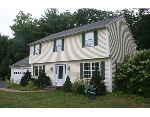 Частный односемейный дом для того Продажа на 221 Lakeshore Drive 221 Lakeshore Drive Winchendon, Массачусетс 01475 Соединенные Штаты