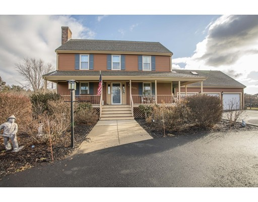 Casa Unifamiliar por un Venta en 305 New Boston Road Fairhaven, Massachusetts 02719 Estados Unidos