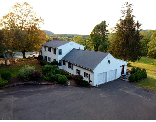 Single Family Home for Sale at 20 Meadow Lane 20 Meadow Lane South Hadley, Massachusetts 01075 United States