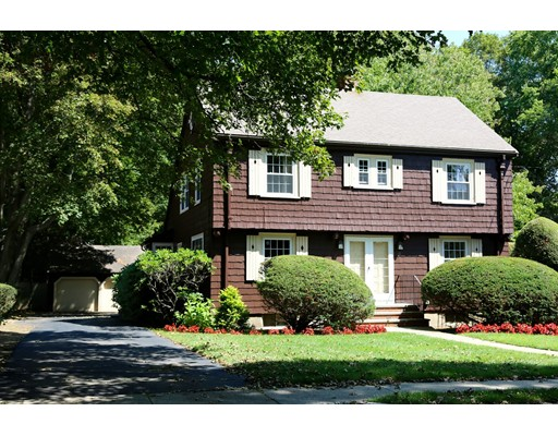 11 Sheffield Road, Wakefield, MA 01880