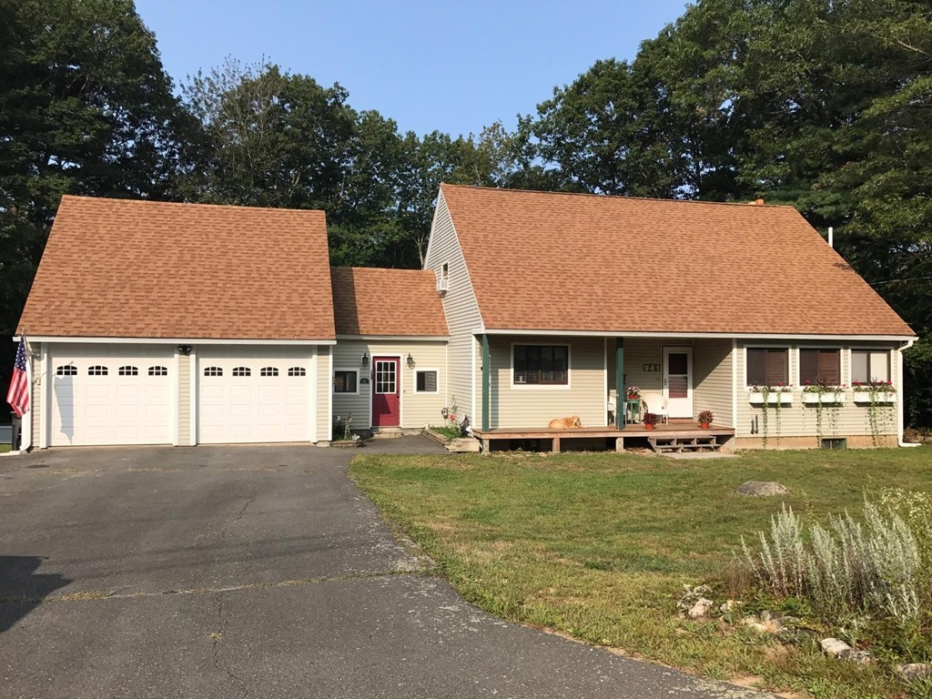 Property for sale at 941 Doe Valley Rd, Athol,  Massachusetts 01331