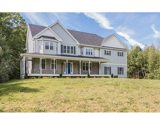 Single Family Home for Sale at 19 Canoe Club Lane 19 Canoe Club Lane Pembroke, Massachusetts 02359 United States