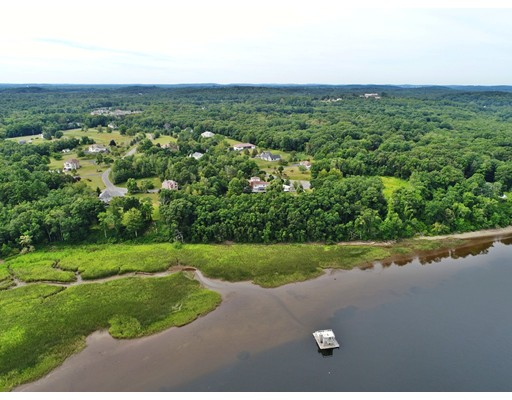 Additional photo for property listing at 15 Norino Drive 15 Norino Drive West Newbury, Массачусетс 01985 Соединенные Штаты