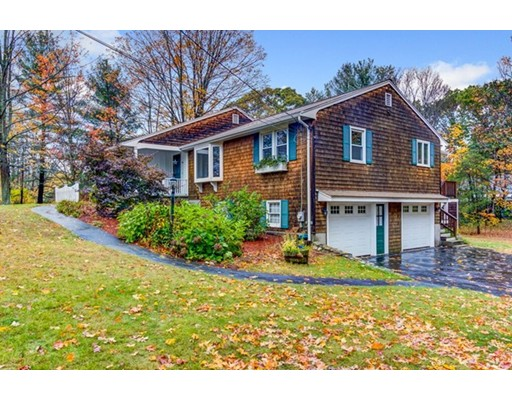 Частный односемейный дом для того Продажа на 66 Fruit Street 66 Fruit Street Ashland, Массачусетс 01721 Соединенные Штаты
