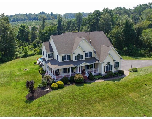 Maison unifamiliale pour l Vente à 246 Chace Hill Road 246 Chace Hill Road Lancaster, Massachusetts 01523 États-Unis
