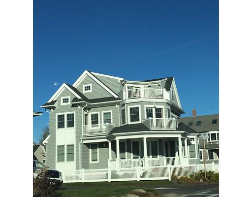 واحد منزل الأسرة للـ Sale في 201 Grand Avenue Falmouth, Massachusetts 02540 United States