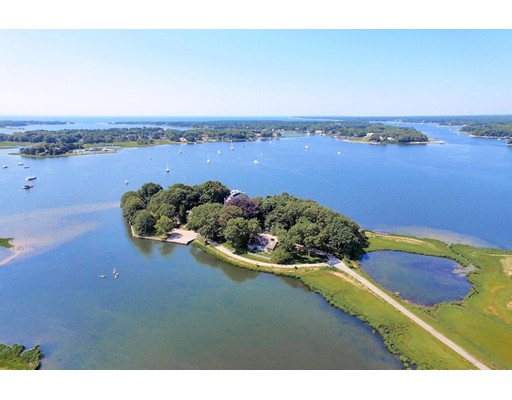 Maison unifamiliale pour l Vente à 251 Seapuit Road Barnstable, Massachusetts 02655 États-Unis