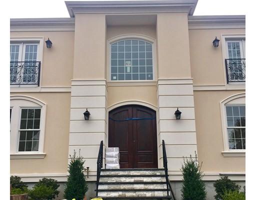 独户住宅 为 销售 在 36 Clifton Road 36 Clifton Road 牛顿, 马萨诸塞州 02459 美国