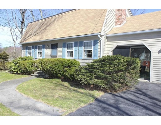 Additional photo for property listing at 33 Richards Road  Southborough, Massachusetts 01772 Estados Unidos