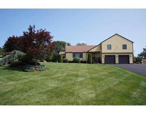 独户住宅 为 销售 在 26 Anna Drive 丹佛市, 01923 美国